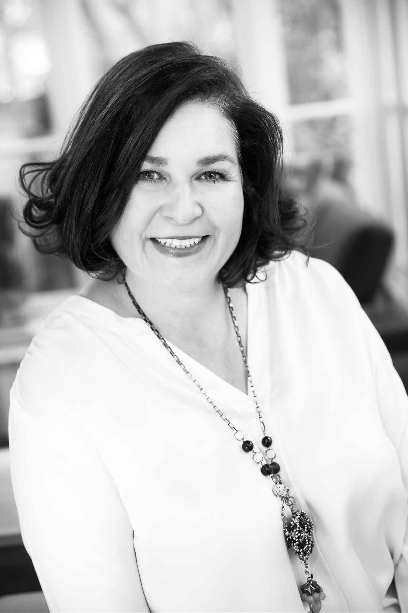 Elaine Halligan online (c)SJField 2018-IMG_7790-Edit2018-2